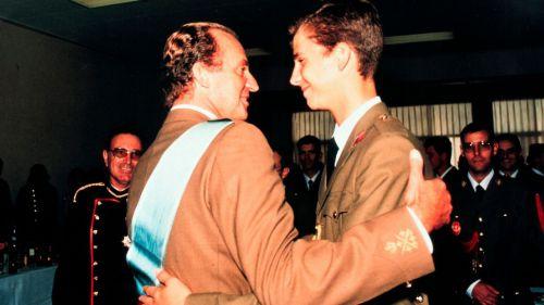 Felipe VI renuncia a la herencia de su padre y le retira la asignación de la Casa del Rey