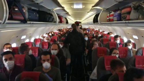 Iberia acusada de 'incumplir' las medidas de separación entre pasajeros