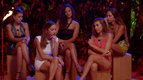 Primera hoguera para las chicas en 'La isla de las tentaciones'