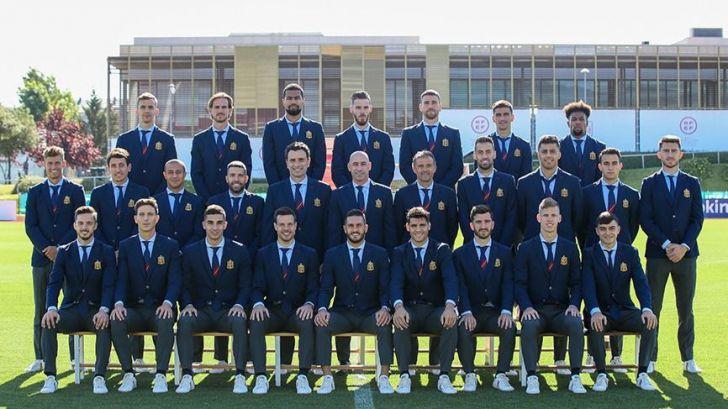 El Ganso viste a la delegación española en la Eurocopa
