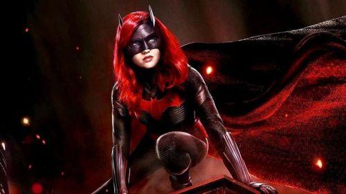 HBO: Batwoman (Temporada 3)
