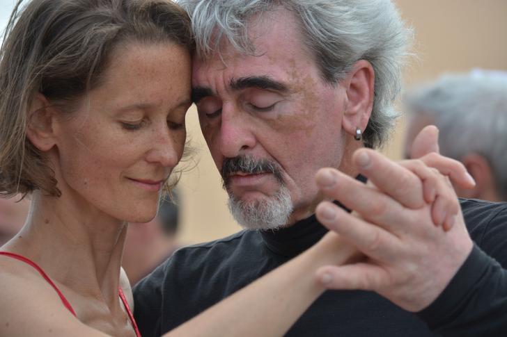 Los fisioterapeutas apuestan por el baile