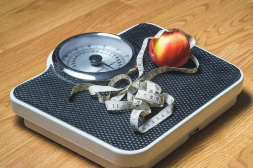 ¿Por qué engordamos durante el verano?