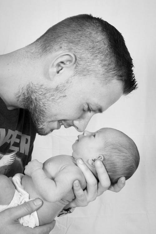 ¿Cómo funciona el permiso por paternidad?