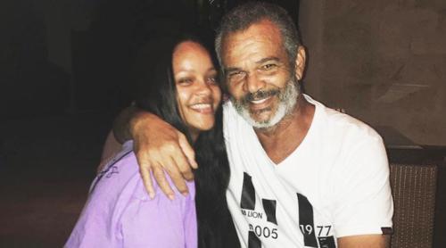Rihanna demanda a su padre por utilizar su nombre sin permiso